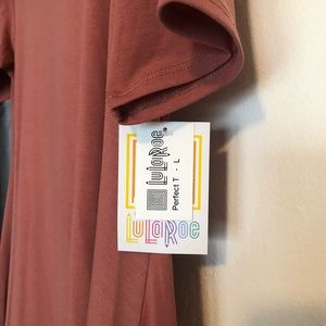 LuLaRoe Tops - LuLaRoe Mauve colored Perfect T. New with tags.